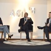 Aline, Maffini e Koefender público interagiu com o palestrante - Crédito: Priscila Rodrigues