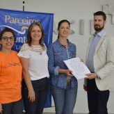 Assinatura: presidentes da Acil e Lar Geriátrico firmaram o convênio - Crédito: Priscila Rodrigues