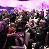 Público assistiu vídeo da feira com óculos 3D - Crédito: Jéssica Ribeiro Mallmann