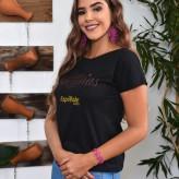 Emanuela Carolina Petry Gomes, 18 anos, de Lajeado, representa a Docile e KK Hair Design - Crédito: Roberta Colombo