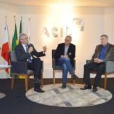 Nunes, Eckert e Barth público interagiu com o palestrante - Crédito: Priscila Rodrigues