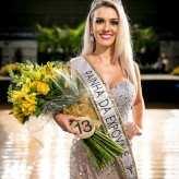 Rainha: Paola Sionara Lagemann, de Teutônia – 23 anos - Crédito: Objetivo Fotografia