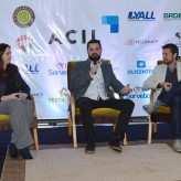 Palestrante respondeu às perguntas do público acompanhado pelo presidente da ACIL e representante do Núcleo de Marcas da entidade – Priscila Rodrigues