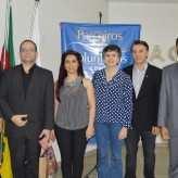 Presidente da Acil, Miguel Arenhart, e palestrantes - Crédito: Priscila Rodrigues