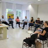 Parte dos voluntários que formam a comissão organizadora da Expovale 2018 se reuniram nesta quinta-feira - Crédito: Simone Rockenbach